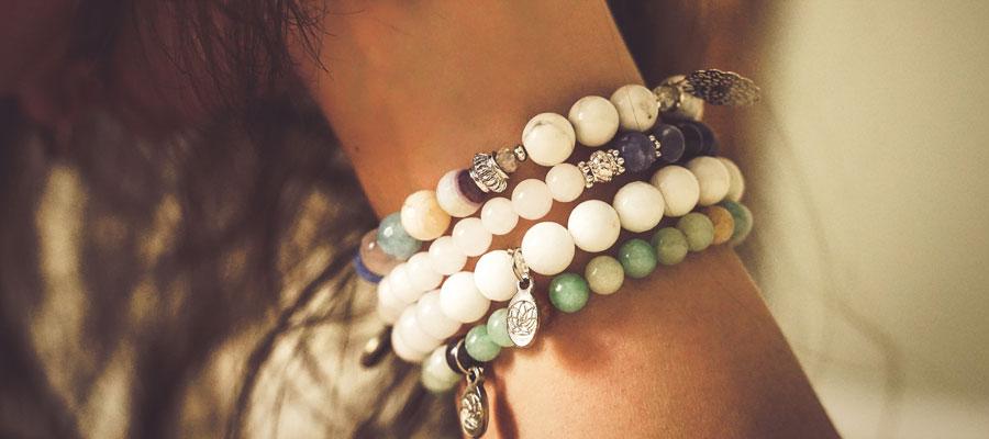 Les bracelets chakras